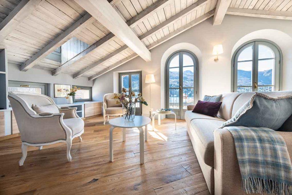 Isola Bella Apartments