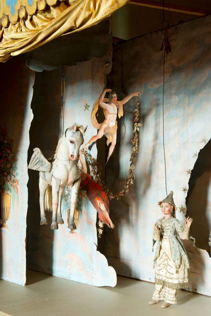 Isola-Madre-Teatro-marionette_dettaglio