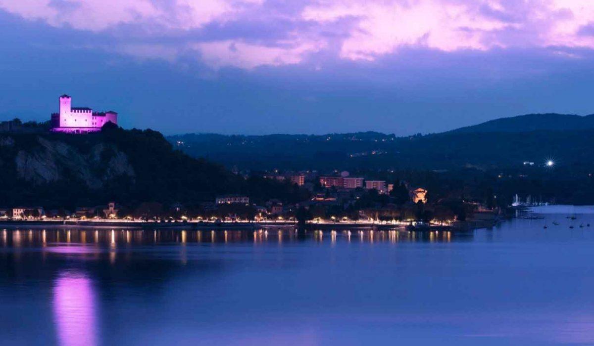 Isola Bella and Rocca di Angera lit up for the AIRC's Nastro Rosa campaign